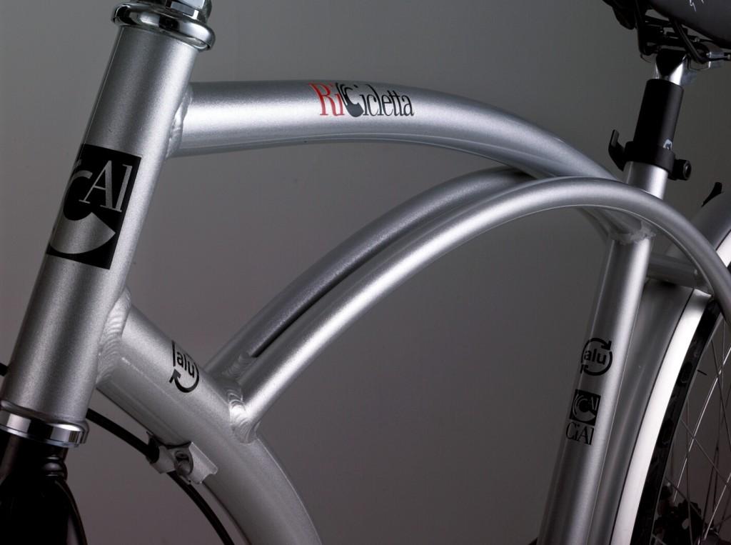 Ricicletta Cial, bicicletta prodotto dal Consorzio Imballaggi Alluminio dal riciclaggio di ottocento lattine